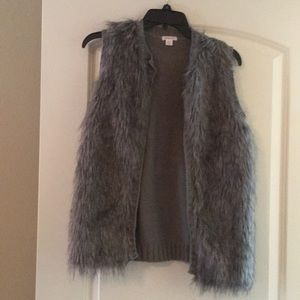 Xhilaration fur vest